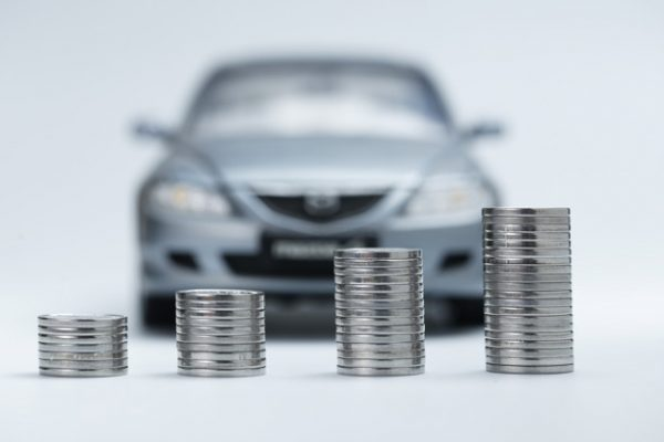 Factors-to-consider-while-opting-for-your-Car-Loan