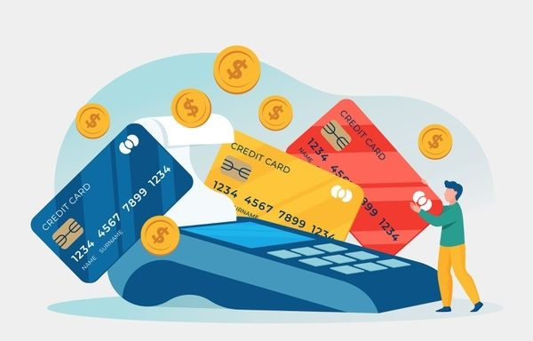 Manage Multiple Credit Cards Effectively